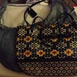 Handbags - Purse Bundle